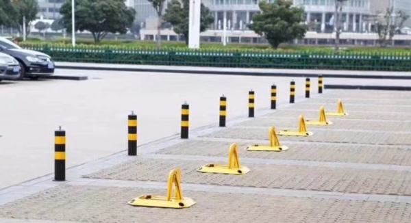 道路安全警示柱